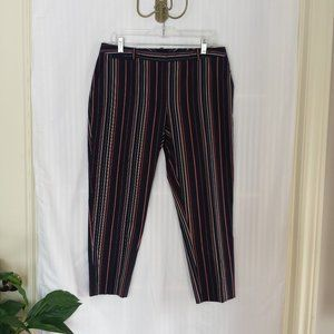 New! Tommy Hilfiger Radcliffe Cropped Pant. Size 8